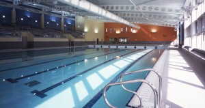 commercial-pool-with-stand-large